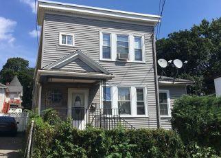 Pre Foreclosure en Chelsea 02150 BLOOMINGDALE ST - Identificador: 965738520