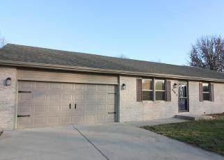 Pre Foreclosure en Williamsville 62693 N PINE ST - Identificador: 966791857