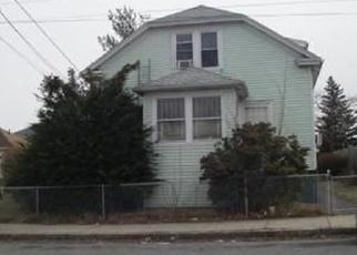 Pre Foreclosure en Fall River 02724 BOWEN ST - Identificador: 968184155