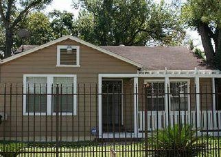 Venta del Alguacil en Houston 77022 POST ST - Identificador: 70120555401
