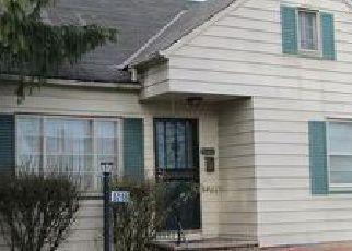 Ventas Cortas en Maple Heights 44137 PHILIP AVE - Identificador: 6305740406